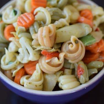 Pesto Pasta Dump Salad Portrait