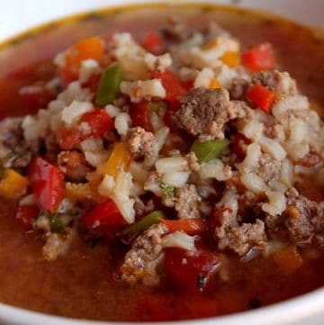 Low-FODMAP Style Stuffed-Pepper Soup Portrait