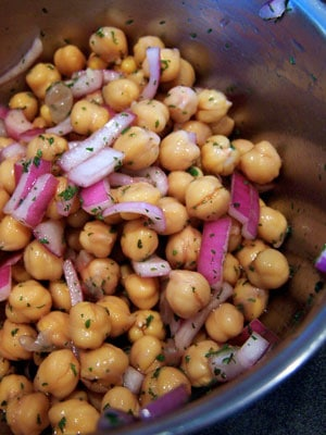 Sweet Pomegranate Chickpeas with Optional Tuna