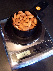 1 cup almonds