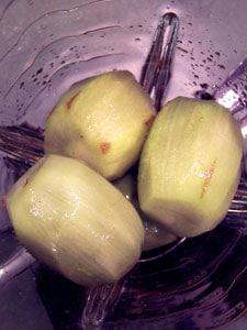 Pomegranate Kiwi Ice  in blender before