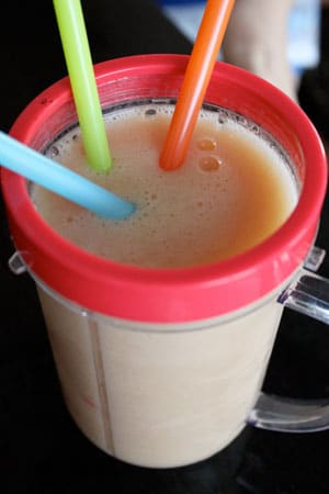 Green Tea and Tropical Fruit Smoothie