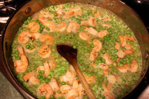 Shrimp and Pea Pasta - step 2