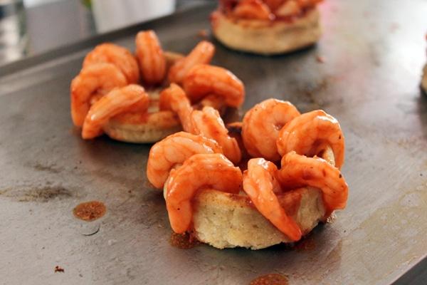 Shrimp arranged on sope