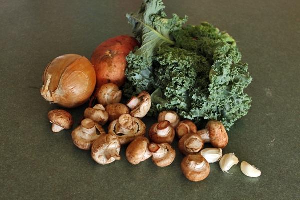 Sweet Potato and Kale Skillet Ingredients