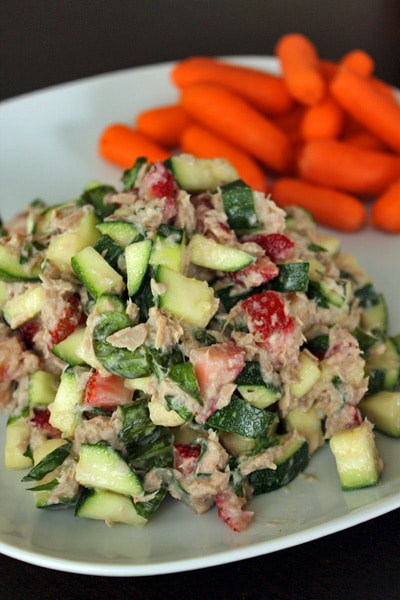Tuna Salad with Zucchini and Strawberries