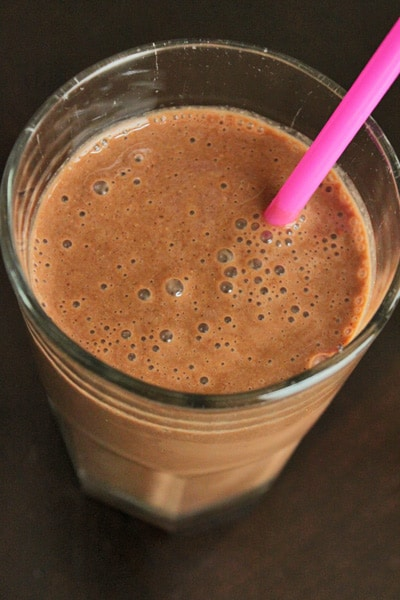 The Smoothie to Cure All Chocolate Peanut Butter Cravings!