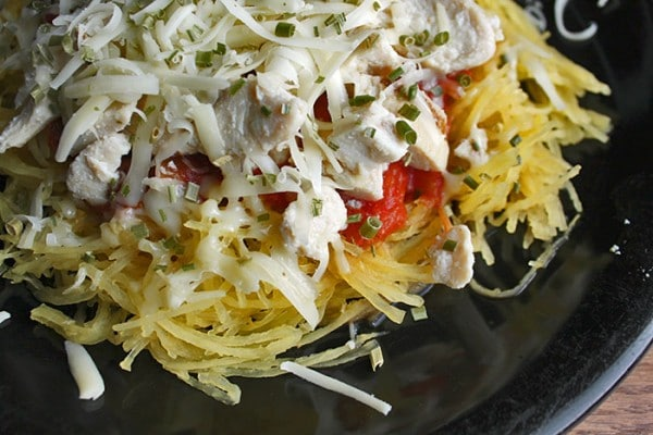Simple Spaghetti Squash with Chicken and Salsa