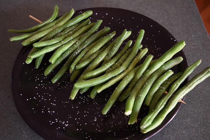 green beans on skewer