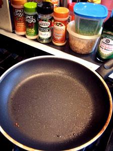 Idea: Fried Bulgur with Peas and Pomegranate  step 1