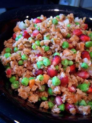 Idea: Fried Bulgur with Peas and Pomegranate