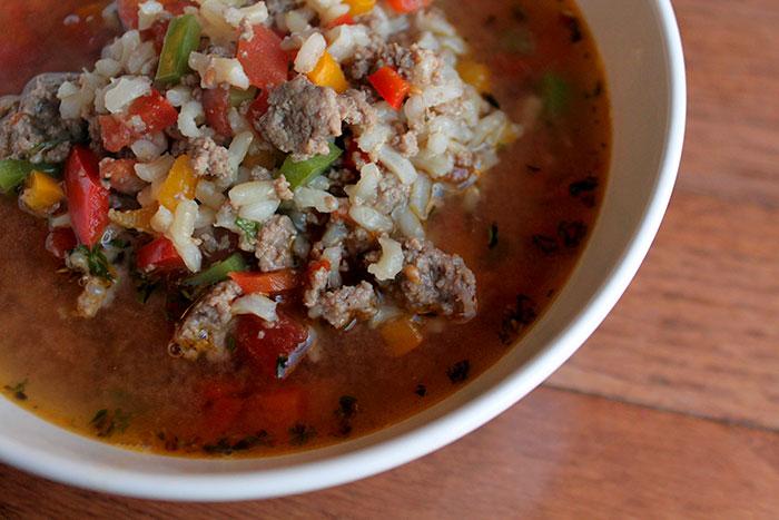 Low-FODMAP Style Stuffed-Pepper Soup